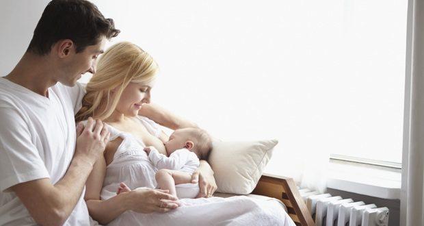 Papa de bébé allaité, la «place» du père