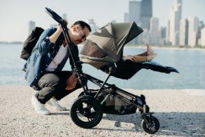 Promenade papa bébé, poussette micralite.fr